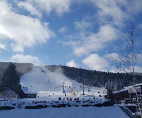 Obóz narciarsko-pływacki